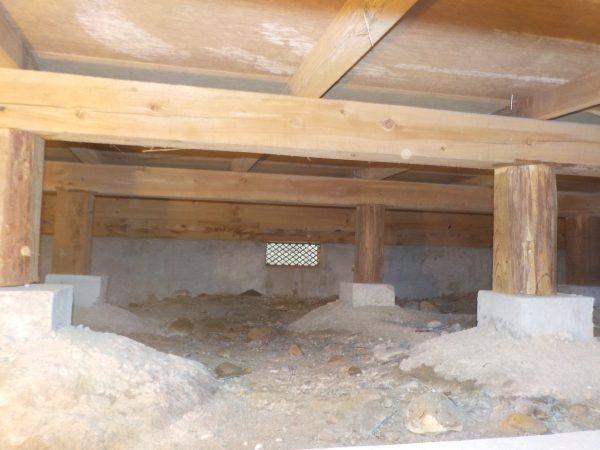 増築部分の床下調査