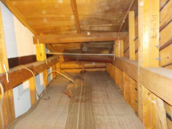 木造増築部分の小屋裏調査
